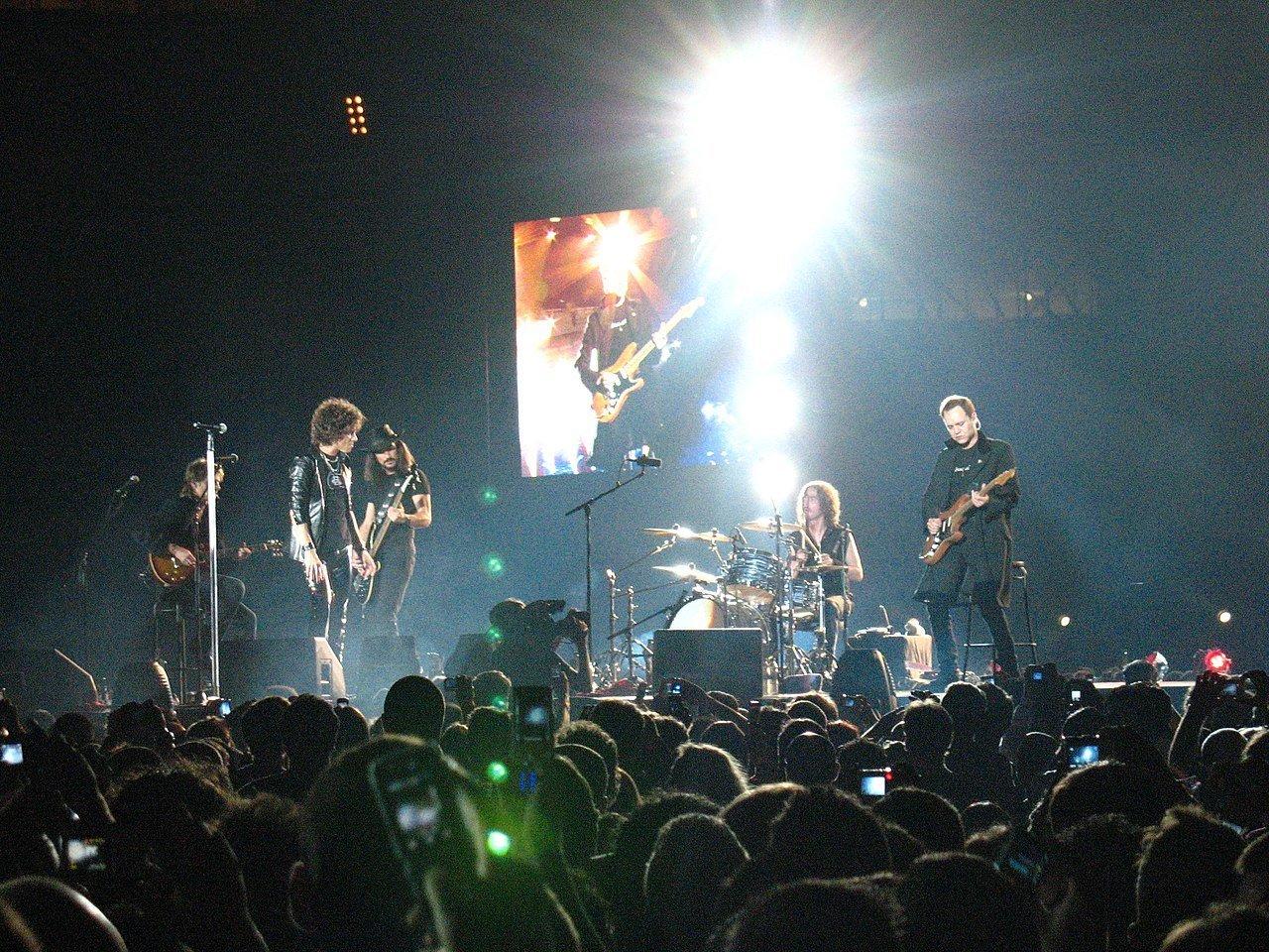 Héroes del Silencio en concierto