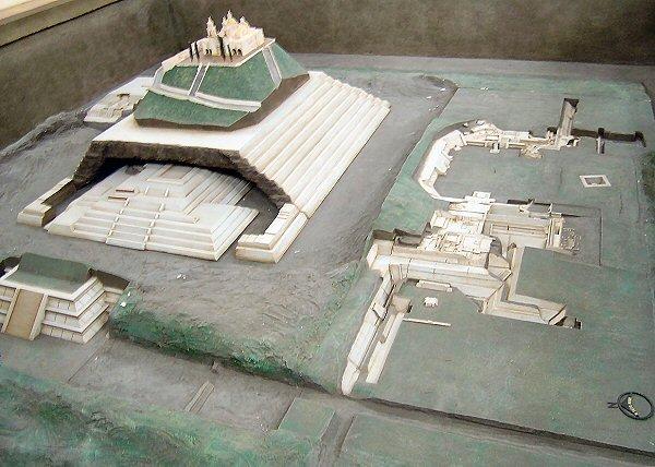 Modelo de las ruinas de Cholula.