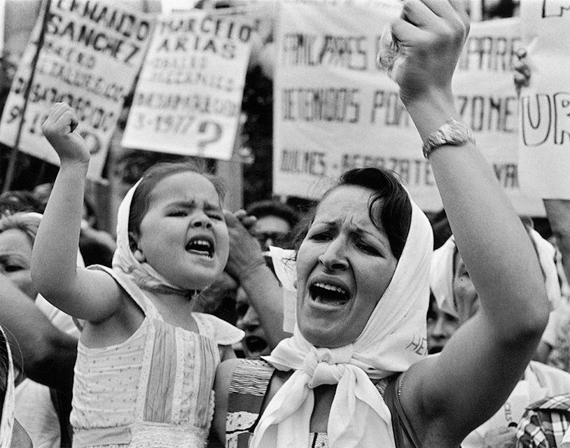 Madre e hija de Plaza de Mayo
