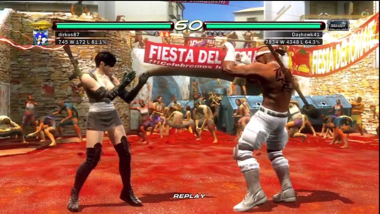 Pelea de Tekken 6 en el escenario de la tomatina