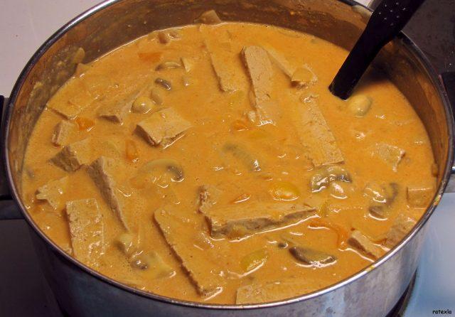 Salsa Stroganoff de tofu y champiñones