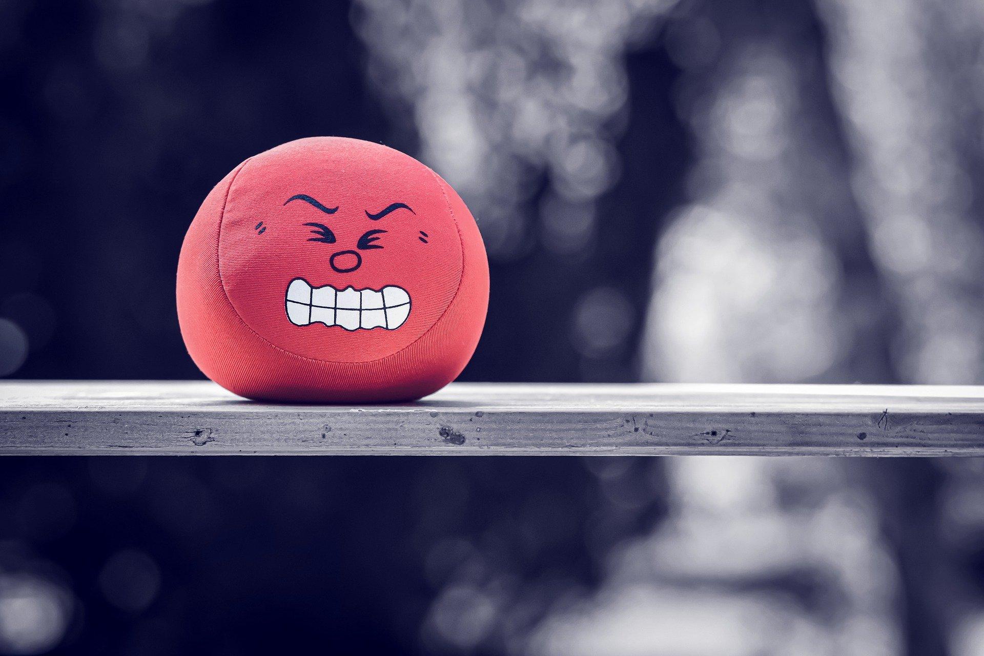 Bola de estrés enfadada.