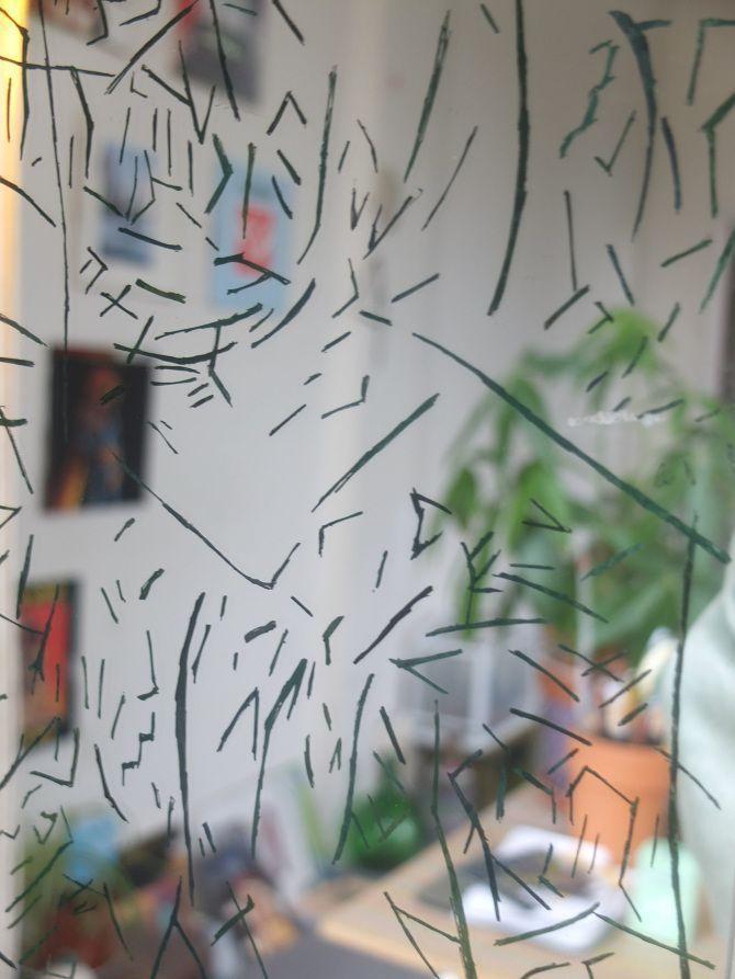 Espejo con marchas de hierba