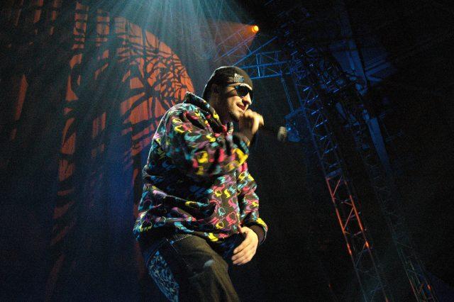 TOTE KING - CONCIERTO SOLIDARIO VOCES - 2008
