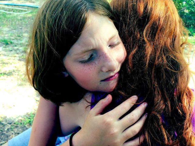 Un abrazo para hacer las paces